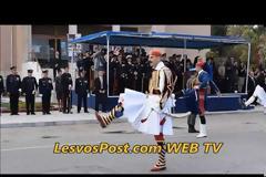 Στον Ταξιάρχη Μανταμαδου και στην Ι.Μ Αγίου Ραφαήλ οι Εύζωνες της Προεδρικής Φρουράς (PICS, VID)