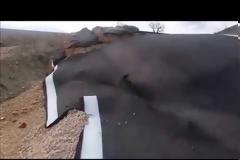 «Άνοιξε η γη»: Στα δύο κόπηκε ο δρόμος Παλιάμπελα-Μοναστηράκι (ΝΕΕΣ ΕΙΚΟΝΕΣ ΚΑΙ ΒΙΝΤΕΟ)
