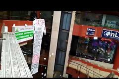 «Εισβολή» αντιεξουσιαστών στα γραφεία του ΟΑΣΘ (video)
