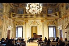 Ο Δήμος Μαραθώνος τιμά τον λιλιπούτειο πιανίστα Στέλιο Κερασίδη (Video)