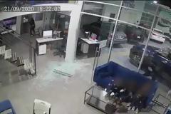 ΗΠΑ: Πατέρας έγινε ασπίδα για να προστατεύσει τα τρία παιδιά του από πυροβολισμούς -βίντεο
