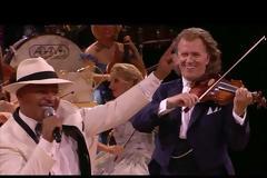 Mambo No. 5 (A Little Bit of...) - Lou Bega & André Rieu