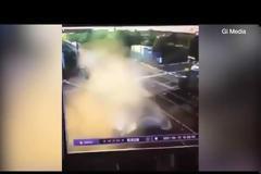 Βρετανία: Αυτοκίνητο έπεσε επάνω σε τρένο που έτρεχε με 200χλμ./ώρα.