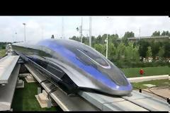 Το γρηγορότερο τρένο στον κόσμο κατασκεύασαν στο Kινγκντάο της Κίνας. Βίντεο.