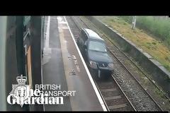 Βρετανία: Στη φυλακή 33χρονος οδηγός που... ταξίδεψε για σχεδόν ένα χιλιόμετρο πάνω σε γραμμές του τρένου - Δείτε βίντεο,