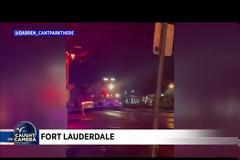 ΗΠΑ: Τρένο χτυπάει αμάξι κολλημένο σε ράγες στο Φορτ Λόντερντεϊλ. Βίντεο.