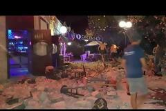 Βίντεο την ώρα του σεισμού: Πανικόβλητοι τουρίστες τρέχουν να σωθούν