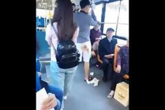 ΠΑΝΙΚΟΣ! Τον έπιασε κόψιμο μέσα στο λεωφορείο και... [video]